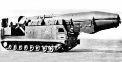 Ракетный комплекс средней дальности 15П696 с ракетой 8К96 РТ-15